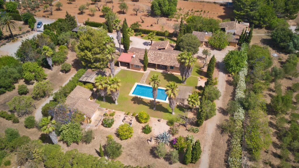 Walter Hopp Real Estate - Finca Santa Maria